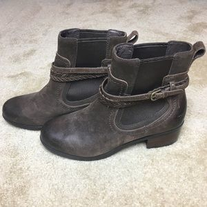 Ugg Women's Krewe Ankle Boots Size 8.5 NWOT